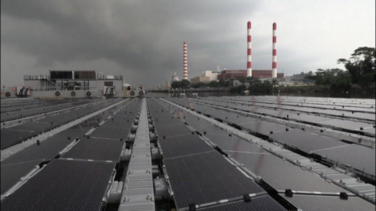 Singapore's floating solar farms