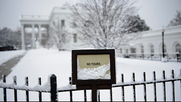 Shutdown day 26: Trump feels pressure as his economists say shutdown is hurting economy