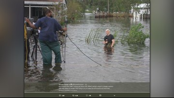 Anderson Cooper addresses viral hurricane photo on CNN