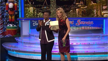 Vanna White hosts Wheel of Fortune for the first time in show history