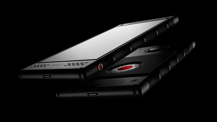 AT&T and Verizon will carry the Red Hydrogen One smartphone