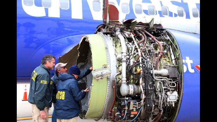 AP SOUTHWEST AIRLINES EMERGENCY LANDING A USA PA