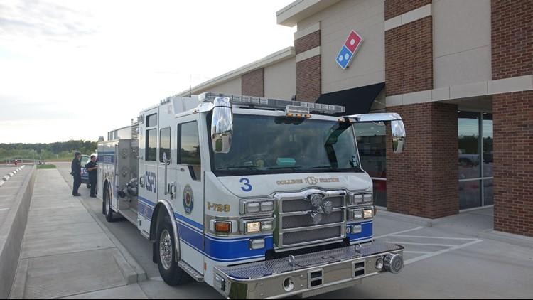 The College Station Firefighters of Stations 3 and 5 teamed up with Dominos this evening to deliver pizza but with an added twist.
