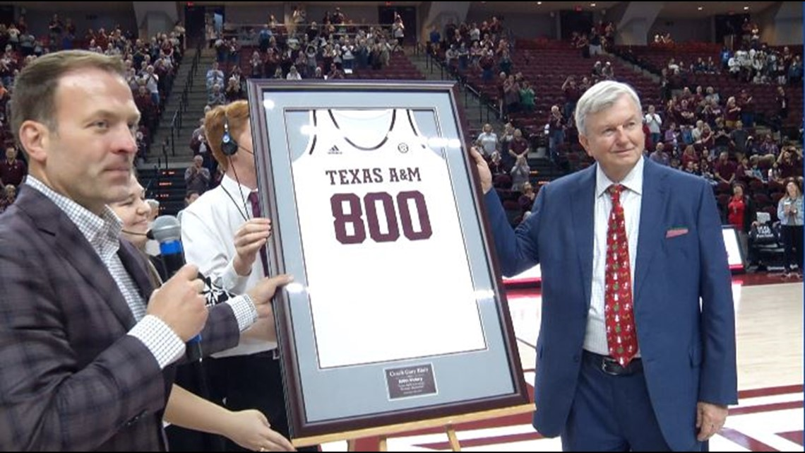 Gary Blair Honored for Eclipsing 800 Wins by WBCA
