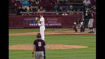 #9 Texas A&M baseball uses a 7-run seventh inning to take down South Carolina