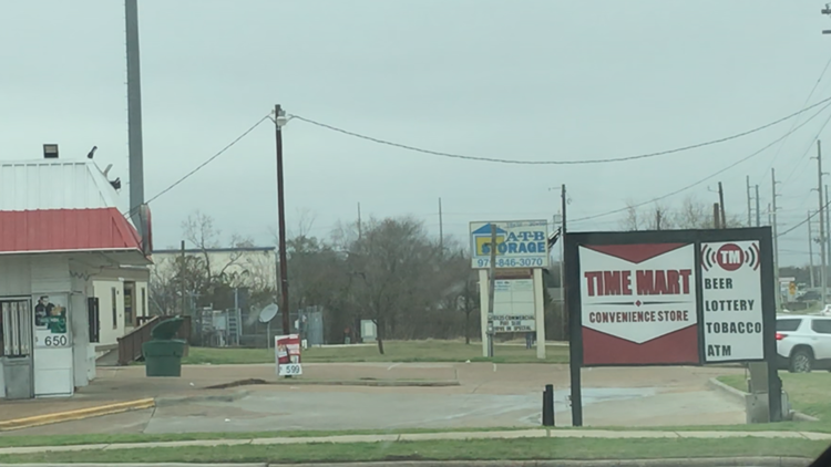 Watch Out! Man reports being robbed at knifepoint in Bryan