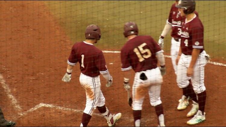 #10 A&M baseball takes down UT Arlington thanks to three home runs