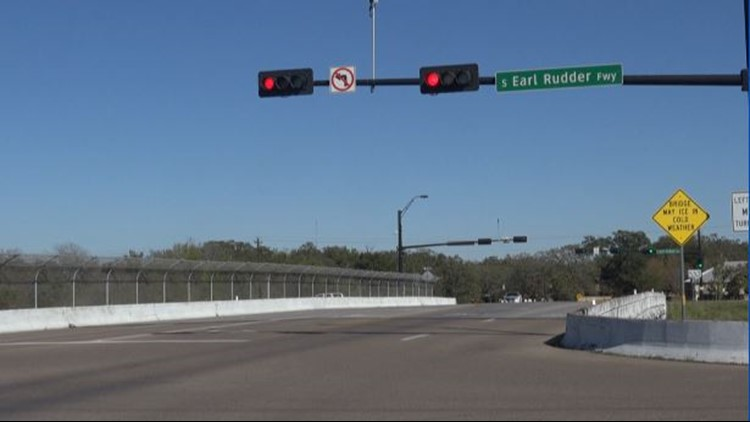 Are traffic lights making you late to places? A&M reseachers are trying to fix that.