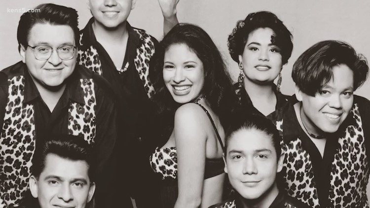Selena images are going to the Smithsonian!