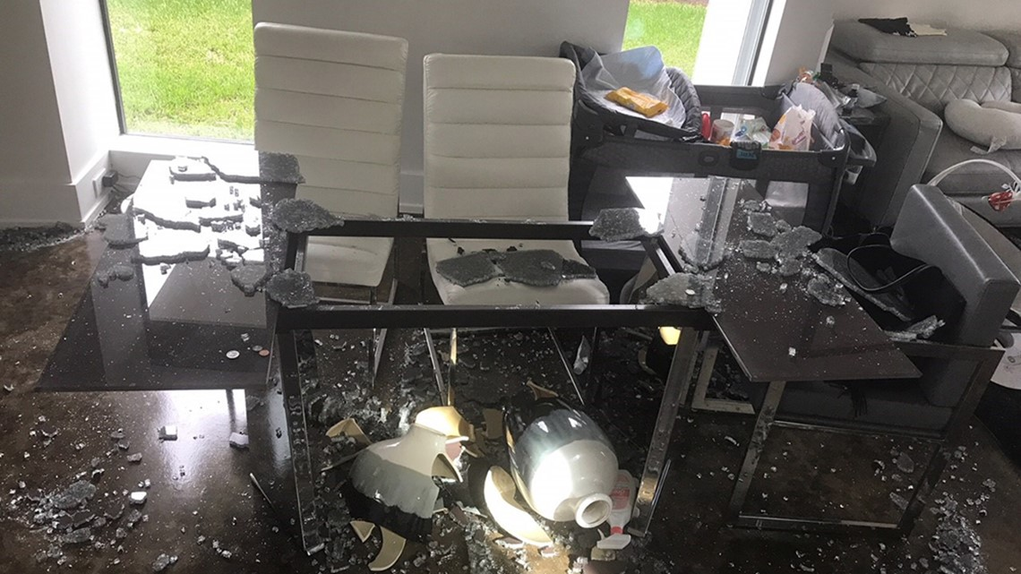 Houston Family S Glass Table Explodes Without Warning Kagstv Com - Why Do Glass Tables Explode