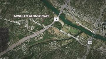 Austin police investigating after finding dead body near Zilker Park