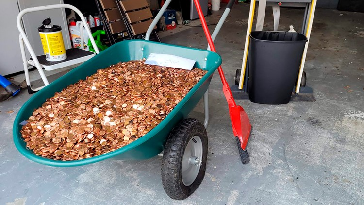 Georgia man says former boss left 90,000 pennies in his driveway as final paycheck