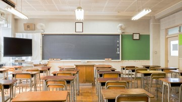City wants to use curfew to keep kids in class
