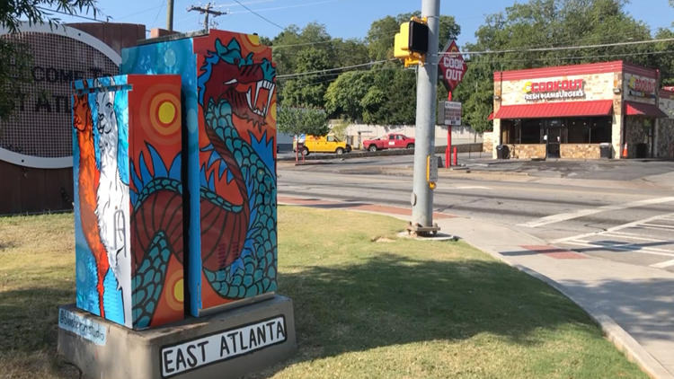 EAV Electric Box Mural by Sydney Compeau (Dragon+Llama)